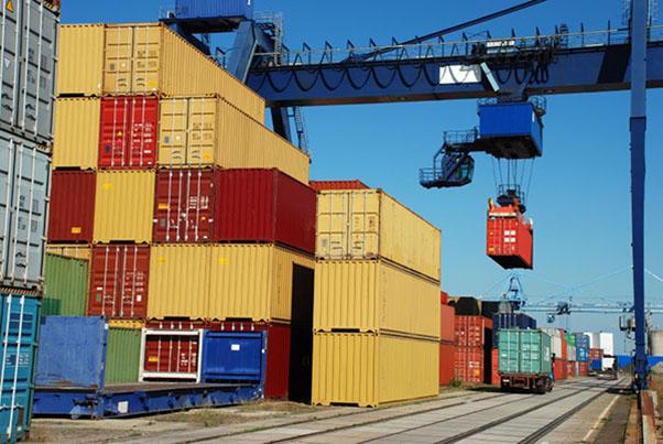 Самая распространенная схема доставки грузов через Дальний Восток – морская перевозка с последующей транспортировкой по железной дороге